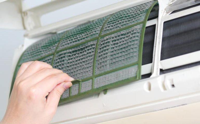 چگونه فیلتر سیستم تهویه هوا را تمیز کنیم!