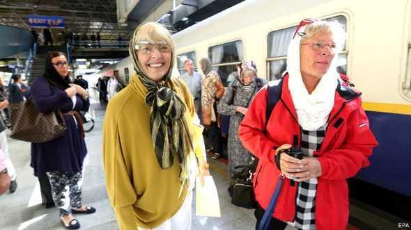 مسافران قطار لوکس عقاب طلایی