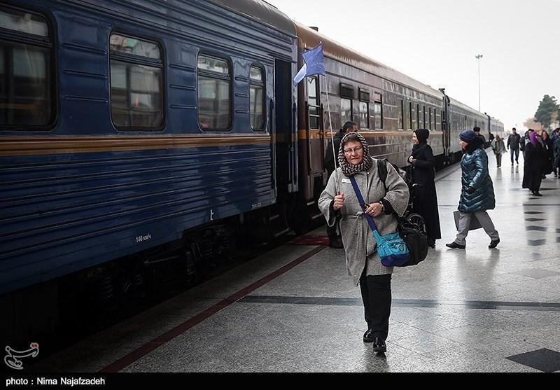 قطار گردشگری قزاقستان-اینچه برون راه اندازی می گردد