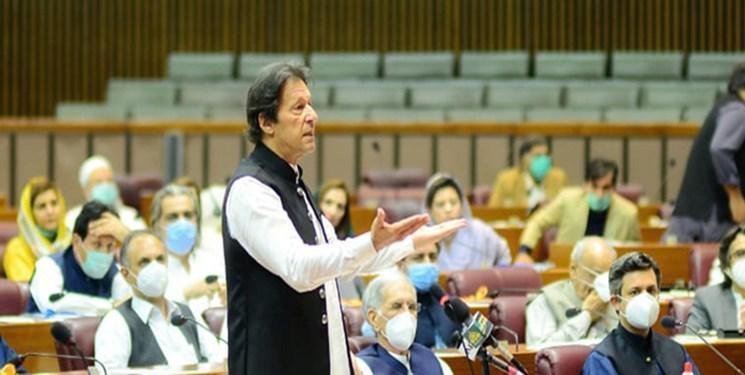 عمران خان: هند پشت ماجرای حمله به ساختمان بورس کراچی واقع شده است