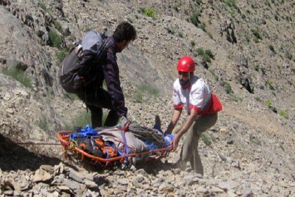 سقوط یک کوهنورد در ارتفاعات ده دشت