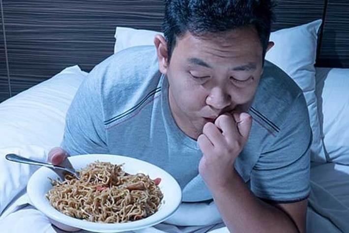 قبل از خواب غذا نخورید