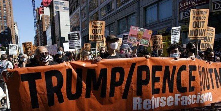 شروع تظاهرات60روز تا انتخابات، برای برکناری ترامپ و پنس، عکس