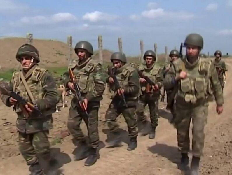 جمهوری آذربایجان از ادامه درگیریها در قره باغ اطلاع داد
