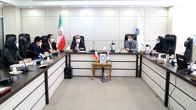 بانک اطلاعاتی فعالان و صادرکنندگان بخش خدمات تشکیل می گردد