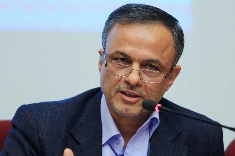 خبرنگاران رزم حسینی: ساماندهی بازار خودرو باید با اجماع نظر دولت و مجلس باشد