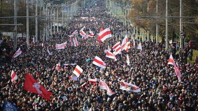 تظاهرات بزرگ در بلاروس زیر سایه تهدید به شلیک گلوله های واقعی