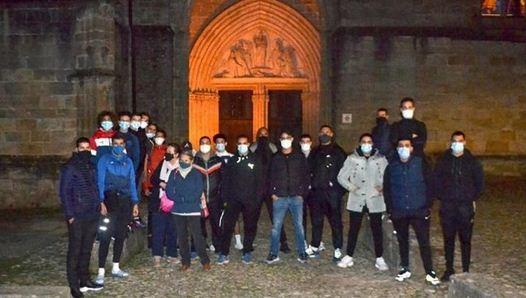 جوانان مسلمان فرانسه محافظت از کلیسا را بر عهده گرفتند