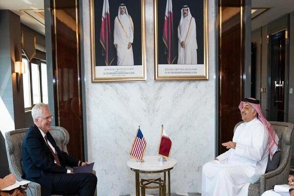 سرپرست وزارت دفاع آمریکا با وزیر دفاع قطر ملاقات کرد