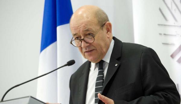 خبرنگاران وزیر خارجه فرانسه خواهان گفت وگو درباره برنامه موشکی ایران شد