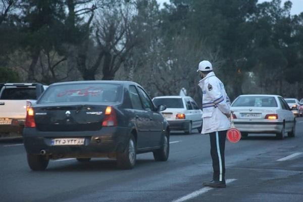 آماده باش پلیس راهور تهران در معابر منتهی به بهشت زهرا
