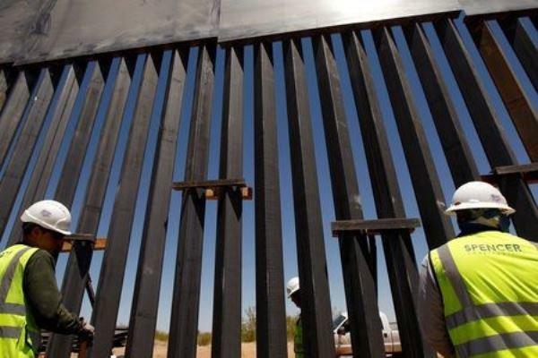بایدن احتمالا با تکمیل دیوار مرزی مکزیک موافقت می نماید