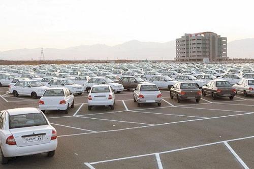 مشکل خودروهای تکمیل نشده در انبار خودروسازان چیست؟ ، خودروسازان در دام دولت